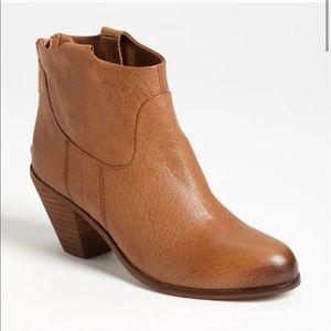 Sam Edelman Lisle boots ankle booties